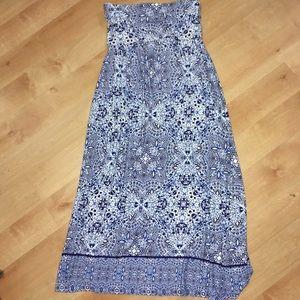 Woman's skirt size medium